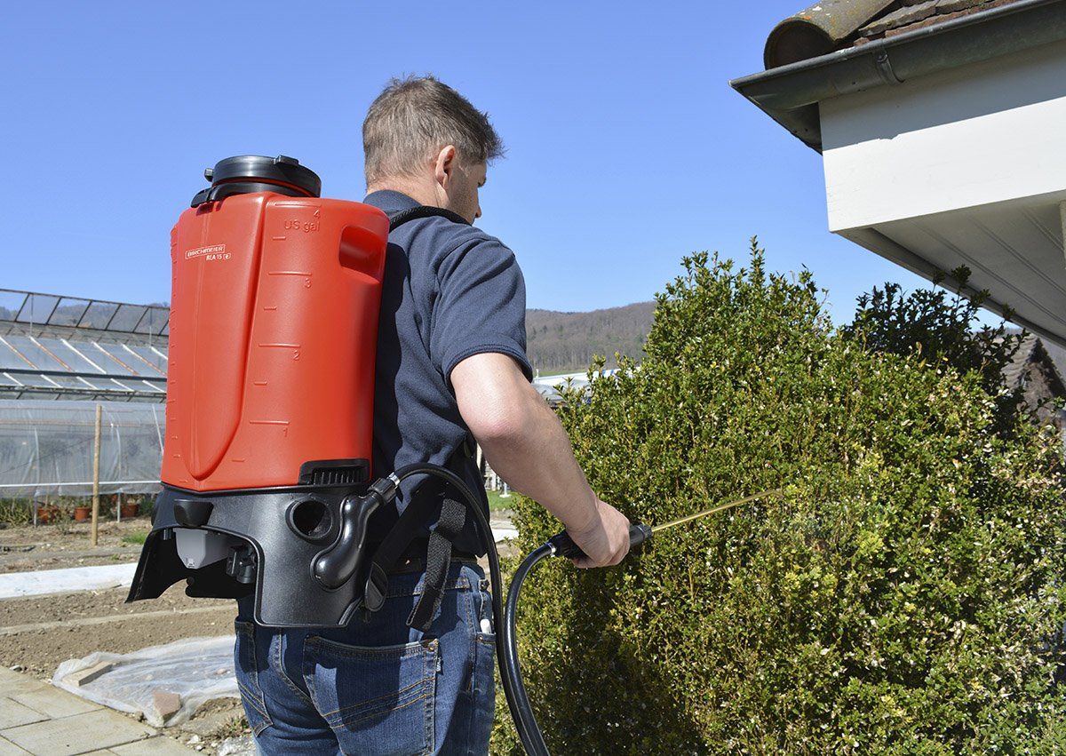 REA 15 Battery Operated Backpack Sprayer